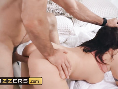 Big dick Charles Dera makes hot brunette Zanna Blue to suck his dick