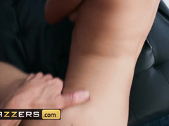 Wonderful Latina chick Gabriela Lopez pleases her fucker with smooth footjob